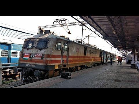 MUMBAI to VADODARA : Onboard MAHUVA Express | IRFCA Trip #BRC2018