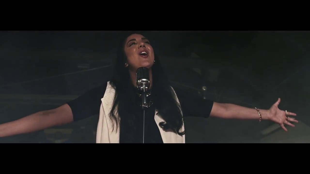 Vassie - Victorious (OFFICIAL MUSIC VIDEO) - YouTube