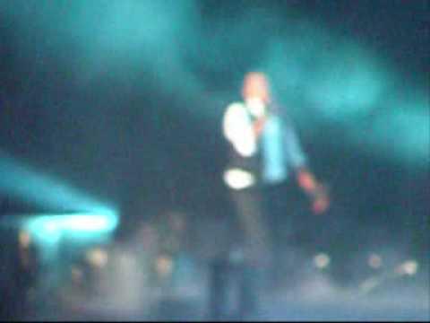 Chris Brown & Rihanna - No Air Brisbane Entertainemnt Centre