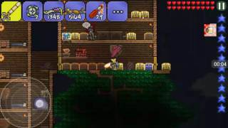 How to make a Molotov cocktail in Terraria
