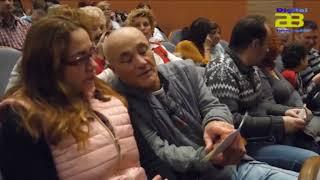 El alcalde de Almería recibe el Antifaz de Oro del Carnaval