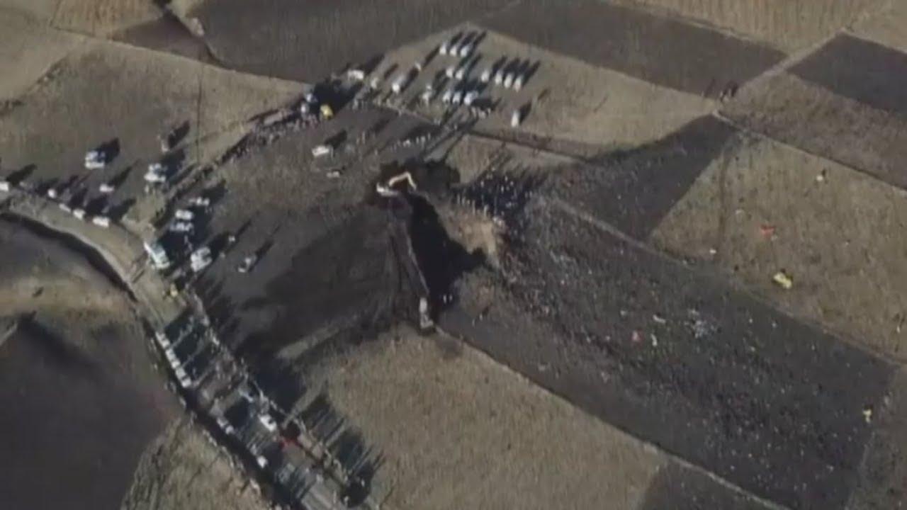 STARTVERBOTE FÜR BOEING 737: Passagierflieger bohrte sich senkrecht in die Erde