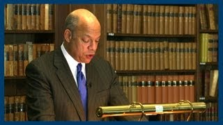 Jeh Johnson on US Transparency on Drone Strikes | Oxford Union