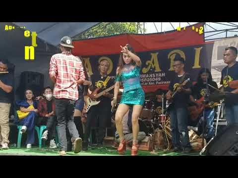 Sawer Hot Di Peluk Biduan Sampai . Live Musik Ade Adi Entertainment D Wanaraja Jln Lawang Biru Garut