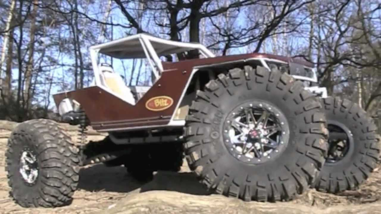 Axial Wraith RTR Walk Around Like You Have NEVER Seen Before FlatBed PicUp  AX90018 iMovie 11 mov