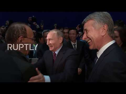 Russia: Putin tells Saudi Arabia to buy Russian gas to spare oil