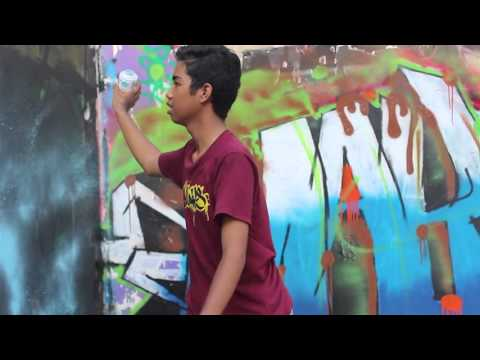 Birthday Present for BUNGUT RADIO | Bali Graffiti 2015