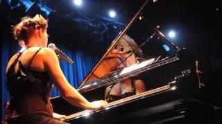 Berlin — Amanda Palmer in Vienna, 28/10/2016 afternoon show