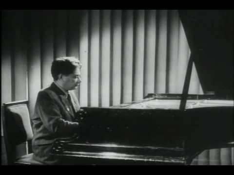 Grigory Ginzburg plays Chopin Waltz in c-sharp minor, op. 64, no. 2.