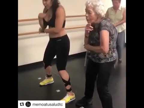 anciana capta la atencion de daddy yankee con el dura challange
