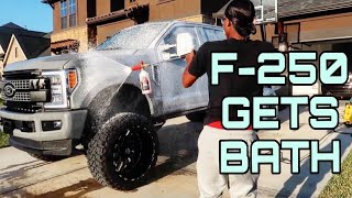 WASHING A LIFTED F250 !! 🧼 HUGE