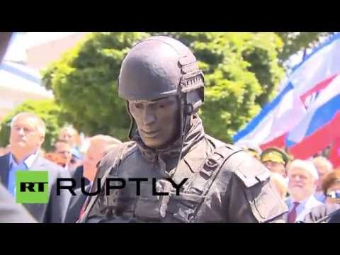 Russia: Monument dedicated to 'Polite People' unveiled in Simferopol