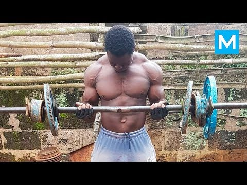 LION HUNTERS WORKOUT - Bodybuilding in the Jungle | Muscle Madness