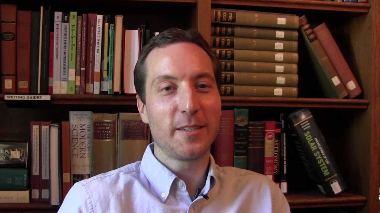 Scott Sheppard người phát hiện 20 vệ tinh mới của Sao Thổ