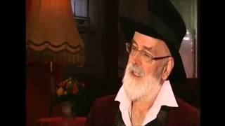 Terry Pratchett last Interview 2015 thumbnail