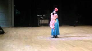 2010.10.10に千葉の大原文化センターで、片平いさみ歌謡教室の発表会が...