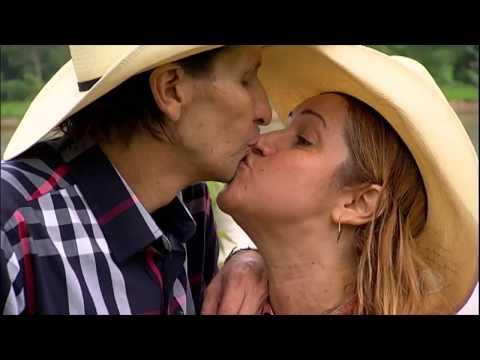 Locutor de rodeios Asa Branca tenta recuperar carreira após luta contra tumor na boca