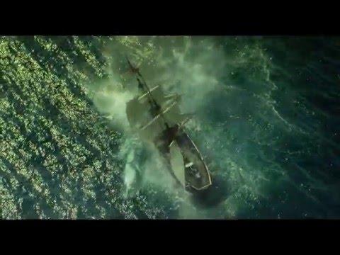 """名著『白鯨』の、隠され続けてきた衝撃の実話。 伝説の白鯨との死闘。 生き延びる為に、男たちが下した""""究極の決断""""とはー ロン・ハワード..."""