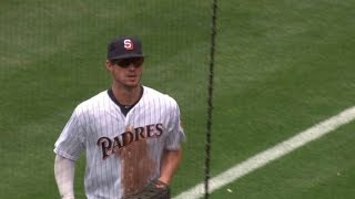 ATL@SD: Myers makes a great diving stop on grounder