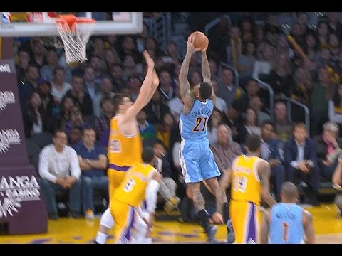 Wilson Chandler Two-Handed Throw Down vs. the Lakers | 01.17.17