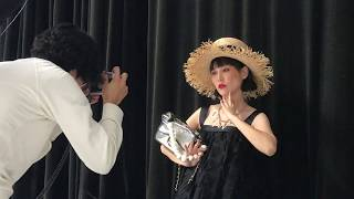 昨年12月、ニューヨークで披露されたシャネルのメティエダールコレクシ...