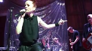 Garbage - Man On a Wire [Live at Bootleg]