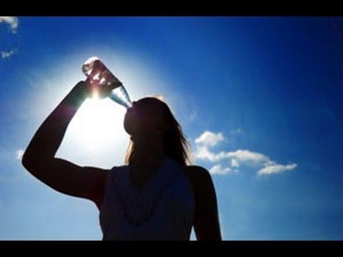 boire 3 litres d 39 eau par jour hydratation youtube. Black Bedroom Furniture Sets. Home Design Ideas