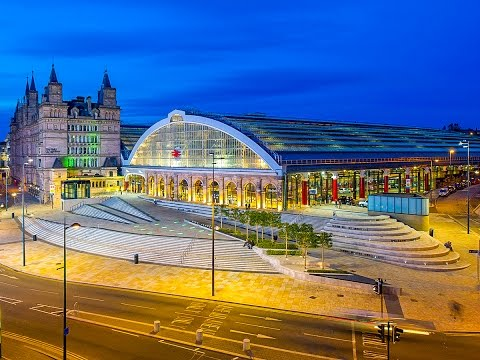 A Walk Around Liverpool Lime Street Railway Station, Liverpool, England