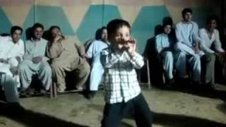 pakistani child dance on murga music