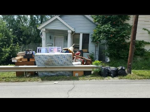 Garbage overflow at E. Liverpool home shows city's trash problem
