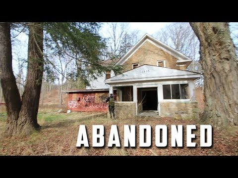 Exploring the House on Haunted Hill W/Moe Sargi