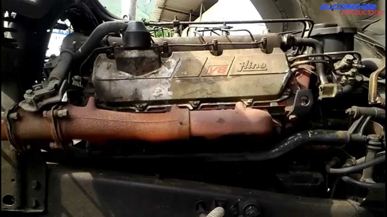 Hino Ef750 V8 Engine View Youtube