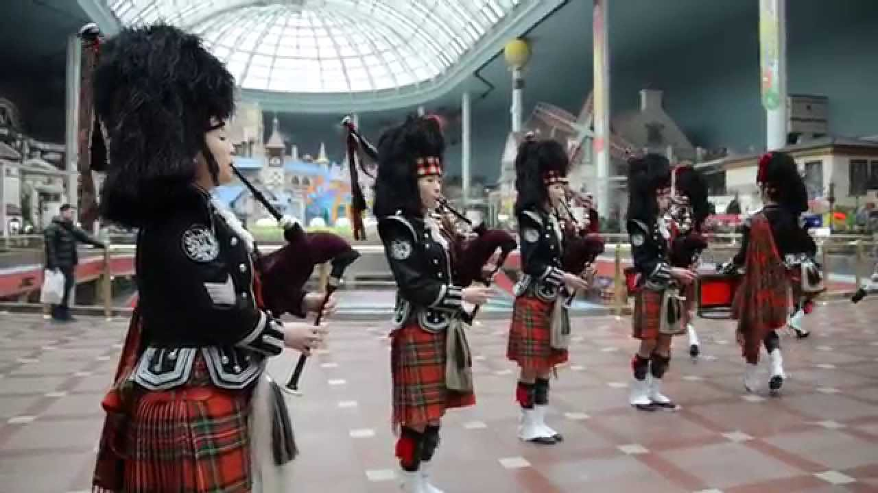 Lotte World Female Bagpipe Band Youtube