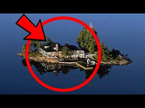 Вот как люди живут на островах, на которых помещается всего один дом