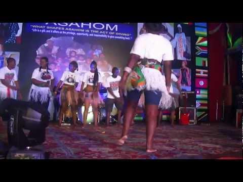 Angela Nyirenda Chingoma ...(Zed dance)