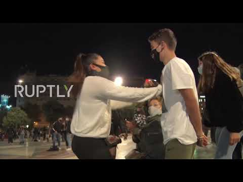 Spain: Open-air party set up to demand reopening of nightlife venues in Barcelona