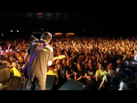 Stiff Little Fingers - Suspect Device 17/03/2017 Glasgow Barrowland 40th Anniversary tour-Stage Cam