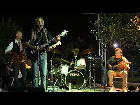 The Rollig Thunder Revue (Bob Dylan Tribute Band) ... never played in public