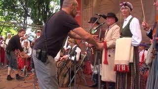 """00026 Folkloras diena """"Novadu sasaukšanās"""" uz Vērmanes dārza lielās skatuves 7.07.2018"""