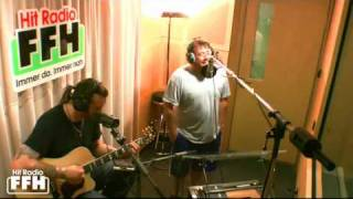 "Uncle Kracker unplugged mit ""Smile"""