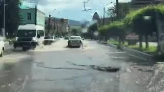 Ливень 21 июля 2018 года. 'Реки' на улицах Читы (2)