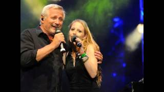 Konstantin Wecker & Cynthia Nickschas - Liebeslied im alten Stil - live 2014
