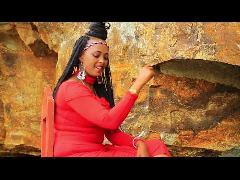Oromo Music : Kadiijjaa Haajjii (Tank You Qeerroo) - New Ethiopian Music 2018(Official Video)