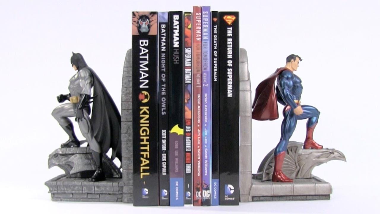 DC Collectibles - Superman & Batman (or Batman & Superman) Bookends
