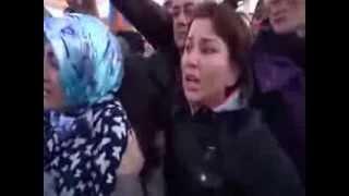 Akp'li bayan ''Erdoğan'a sesleniyor ''beni arkadan dürtüyorlar ya