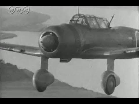 "日本軍] 九九式襲撃機/軍偵察機 WW2 Mitsubishi Ki-51""Sonia"" - YouTube"
