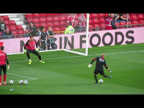 Manchester United VS Southampton FC Goalkeepers Warm up