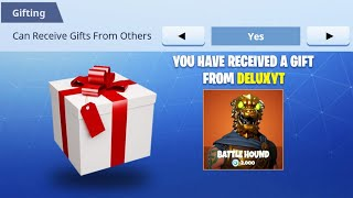 Receiving a gift in fortnite! (How fortnite gifting works)