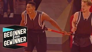 Basketball: Profisportler werden zu Zwillingen | Teil 2 |  Beginner gegen Gewinner | ProSieben