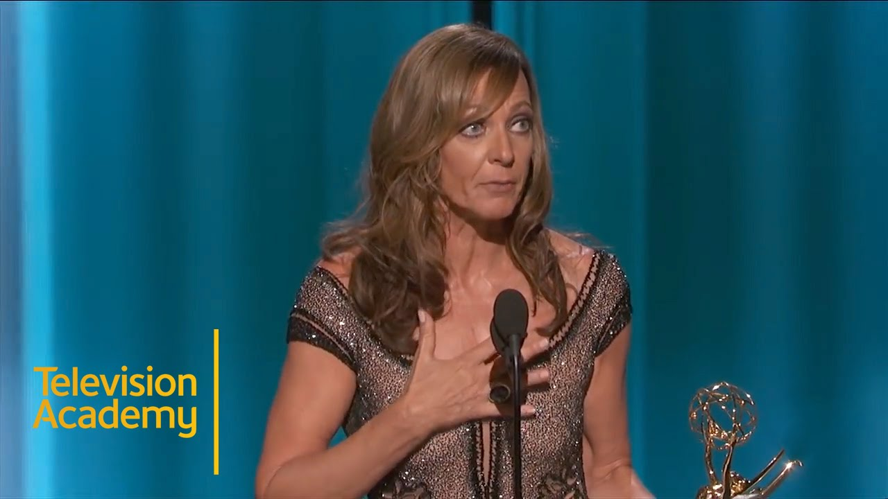 Allison Janney Pics emmys 2015 | allison janney wins outstanding supporting actress in a comedy  series